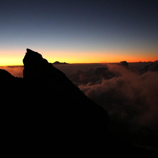 Zonsopgang vanaf Mount Agung, Bali, Indonesië